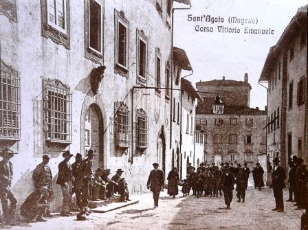 S.Agata 1910, Palazzo Salviati a sn, Villa Aiazzi sullo sfondo - Copia