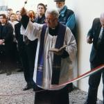 Don Corrado benedice i nuovi musei